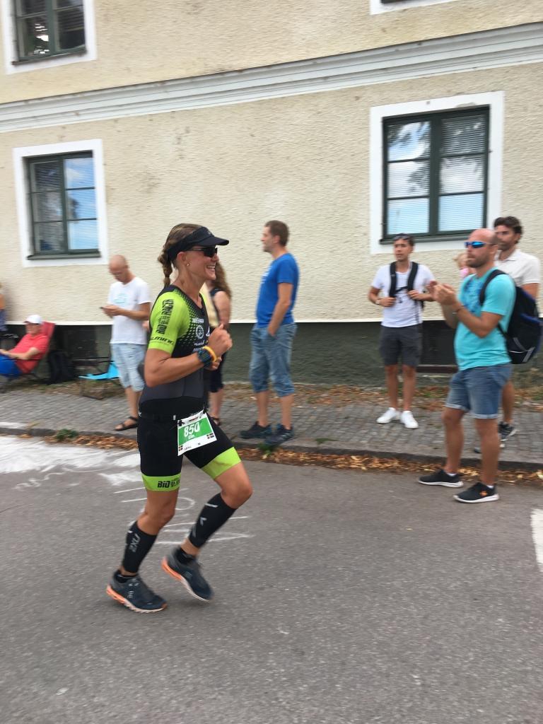 Elin sternet gjorde sin andra Ironman och förbättrade tiden med över 60 min. Otroligt bra gjort.