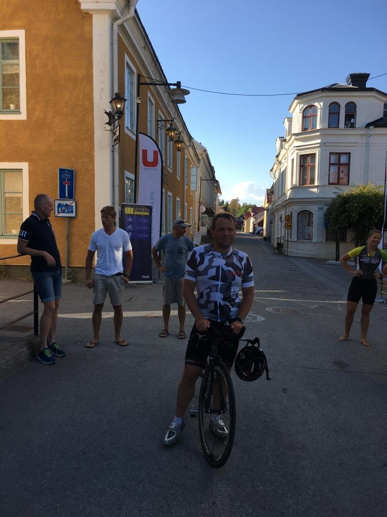 Så fantastiskt jobbat av Roger! 32 mil cykling!