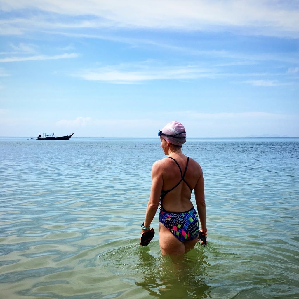 Simning när det är som bäst. December, Thailan, Koh Jum. 1500 m efter frukost.
